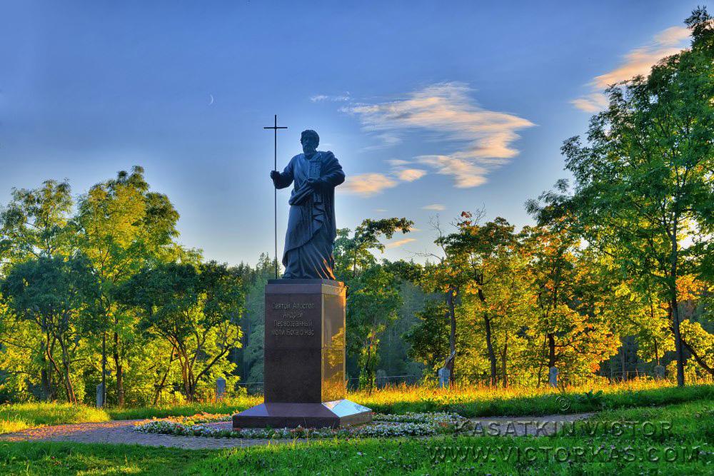 Памятник св. Андрею Первозванному. Валаам.
