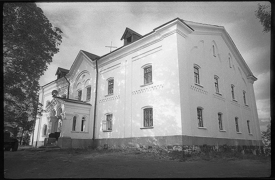 1983-разрушенный Валаам-Яковчук 7 Никольский скит. Братский корпус