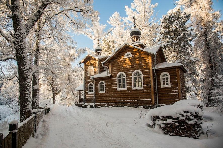 Коневский скит зимой. Фото: А. Лютов.