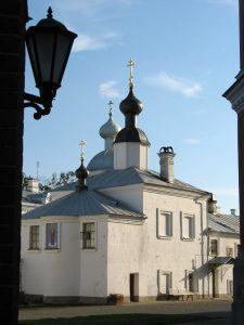 Церковь Валаамской иконы Божьей Матери с северной стороны.