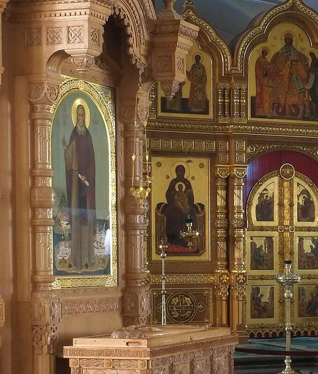 Мощи о. Антипы Валаамского в Нижнем храме собора на Валааме
