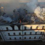 Пожар Зимней гостиницы на Валааме. Фото: пресс-служба Валаамского монастыря, 2016 г.
