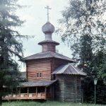 cerkov bogoyavleniya iz sela semenovskogo pushkinskogo rajona. foto i. gerasimova